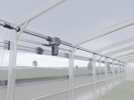 Continous system side ventilation with lowering tarpaulin.